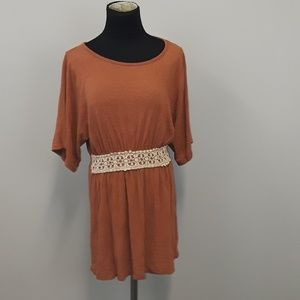 Ya Los Angeles lace detail tunic top size medium
